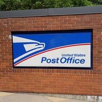 Photo taken at United States Post Office by In Vitis Veritas on 8/9/2016