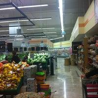 Foto diambil di Migros oleh Cenkovski♌️ pada 3/19/2014