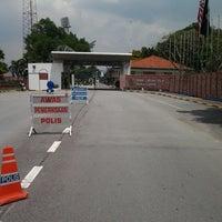 Photo taken at Pusat Latihan Polis (Pulapol) by Ayum L. on 4/2/2013