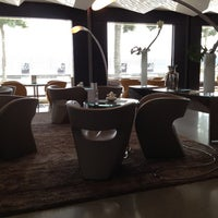 Photo prise au Hotel President Wilson, a Luxury Collection Hotel, Geneva par Bader A. le6/30/2012