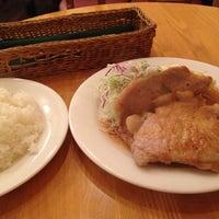 Photo taken at KITCHEN れん by Koichiro S. on 10/23/2013