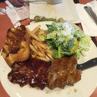 Photo taken at Boston Pizza by Kimishell M. on 5/19/2015