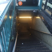 Photo taken at MTA Subway - Parsons Blvd (F) by Jason A. on 6/24/2015