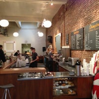 Photo taken at Stumptown Coffee Roasters by Andy T. on 11/23/2012