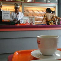 Photo taken at Dunkin' Donuts by Mark E. on 7/15/2015