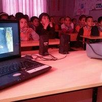 Photo taken at Alaçam ilköğretim okulu by Ayşe T. on 12/10/2015