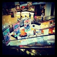 Photo taken at Major Cineplex Sukhumvit by Suphan J. on 10/11/2012