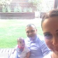 รูปภาพถ่ายที่ Çınar Boutique Hotel โดย Serkan Ü. เมื่อ 6/16/2017