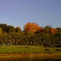 Photo taken at Honey Pot Hill Orchards by Andreas B. on 10/13/2012