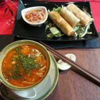 Снимок сделан в Little Hanoi пользователем Hispida 8/4/2017
