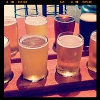 Foto scattata a World of Beer da Jessica W. il 6/4/2013