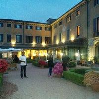 Foto scattata a Villa Porro Pirelli da grishma d. il 5/14/2015