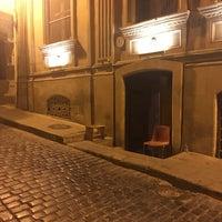 Снимок сделан в Место съёмки сцены «Черт побери!» («Бриллиантовая рука») пользователем Andrey P. 9/21/2017