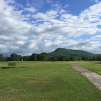 Photo taken at Moccasin Bend Golf Course by Phil D. on 4/24/2017