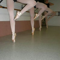 Das Foto wurde bei Silver Spring Dance Conservatory von Joanne W. am 1/2/2013 aufgenommen