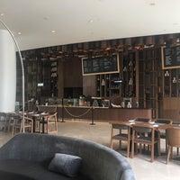 9/23/2018 tarihinde Hennery S.ziyaretçi tarafından Open Bar And Resto - Double Tree by Hilton'de çekilen fotoğraf