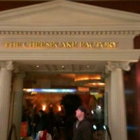 Photo taken at The Cheesecake Factory by José Carlos S. on 11/10/2012