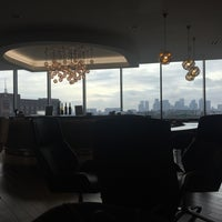 Photo taken at British Airways Terraces Lounge by Maria R. on 10/14/2017