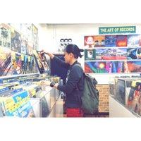 11/17/2015にCherrie B.がボーダーラインレコーズ 福岡本店で撮った写真