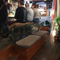 Das Foto wurde bei Surf Coffee von Sergey S. am 10/13/2017 aufgenommen