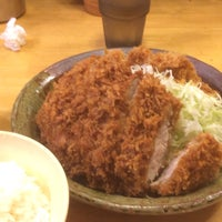 Снимок сделан в 洋食工房 パセリ пользователем 猫足 昆. 6/30/2015