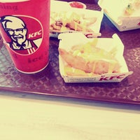Photo taken at KFC by jegadeswari ॐ on 1/28/2015