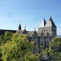 Das Foto wurde bei Stiftskirche Obernkirchen von Stiftskirche Obernkirchen am 8/10/2014 aufgenommen