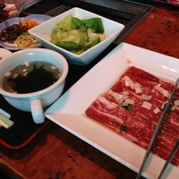 Photo taken at 叙々苑 浦安店 by blue on 4/14/2013