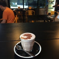 Photo taken at Coffee Tag by LihHoe I. on 9/6/2015