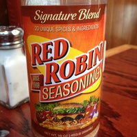 Photo taken at Red Robin Gourmet Burgers by Diann B. on 7/15/2013