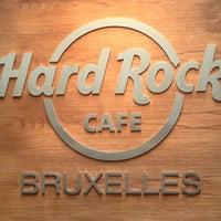 Foto scattata a Hard Rock Cafe Brussels da Gabriel C. il 5/16/2013