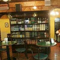 Photo taken at El Hipopotamo Restaurant & Delicatessen by di o. on 11/18/2014