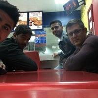 Photo taken at Domino's Pizza by Hakan Altuntaş on 4/16/2016