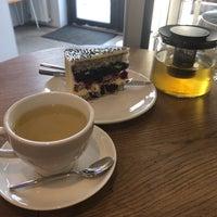 Снимок сделан в STATION cakes&coffee пользователем Nathalie V. 3/23/2018