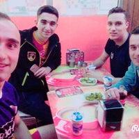 4/14/2016にMがAltınzade Dönerで撮った写真