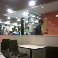 Photo taken at McDonald's by Belen L. on 3/30/2013