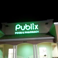 Photo taken at Publix by Luis G. on 1/28/2013