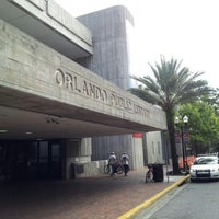 10/15/2012にLuis G.がOrange County Library - Orlando Public Libraryで撮った写真