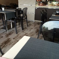 Photo taken at MangiaRè Lounge Cafè by 🐈Giobigot🐈 on 7/25/2014