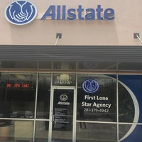 Photo taken at Allstate Insurance Agent: Justin Robert by Yext Y. on 7/14/2017