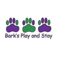 Das Foto wurde bei Bark's Play and Stay von Yext Y. am 9/1/2017 aufgenommen