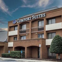 Photo taken at Comfort Suites by Yext Y. on 9/19/2017