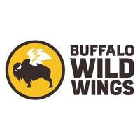 Foto tirada no(a) Buffalo Wild Wings por Yext Y. em 8/27/2018