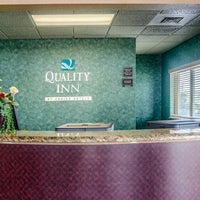 Photo taken at Quality Inn by Yext Y. on 9/19/2017