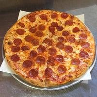 Photo taken at Luigi's Pizza Fresca by Yext Y. on 1/24/2017