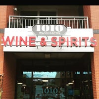 Photo taken at 1010 Washington Wine and Spirits by Yext Y. on 10/14/2016