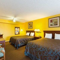 Photo taken at Econo Lodge By The Bay by Yext Y. on 9/19/2017