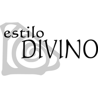 Photo taken at Estilo Divino Salon by Yext Y. on 4/29/2016