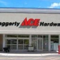 Photo taken at Haggerty Ace Hardware by Yext Y. on 8/14/2017