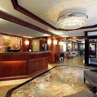 Photo taken at Washington Jefferson Hotel by Yext Y. on 8/22/2016
